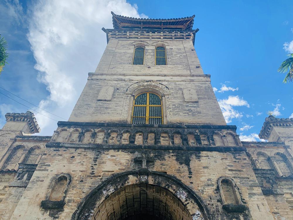 【实拍】具有百年历史的茨中教堂