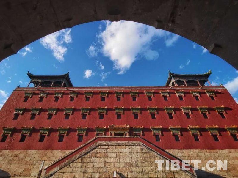 汉藏交融的须弥福寿之庙