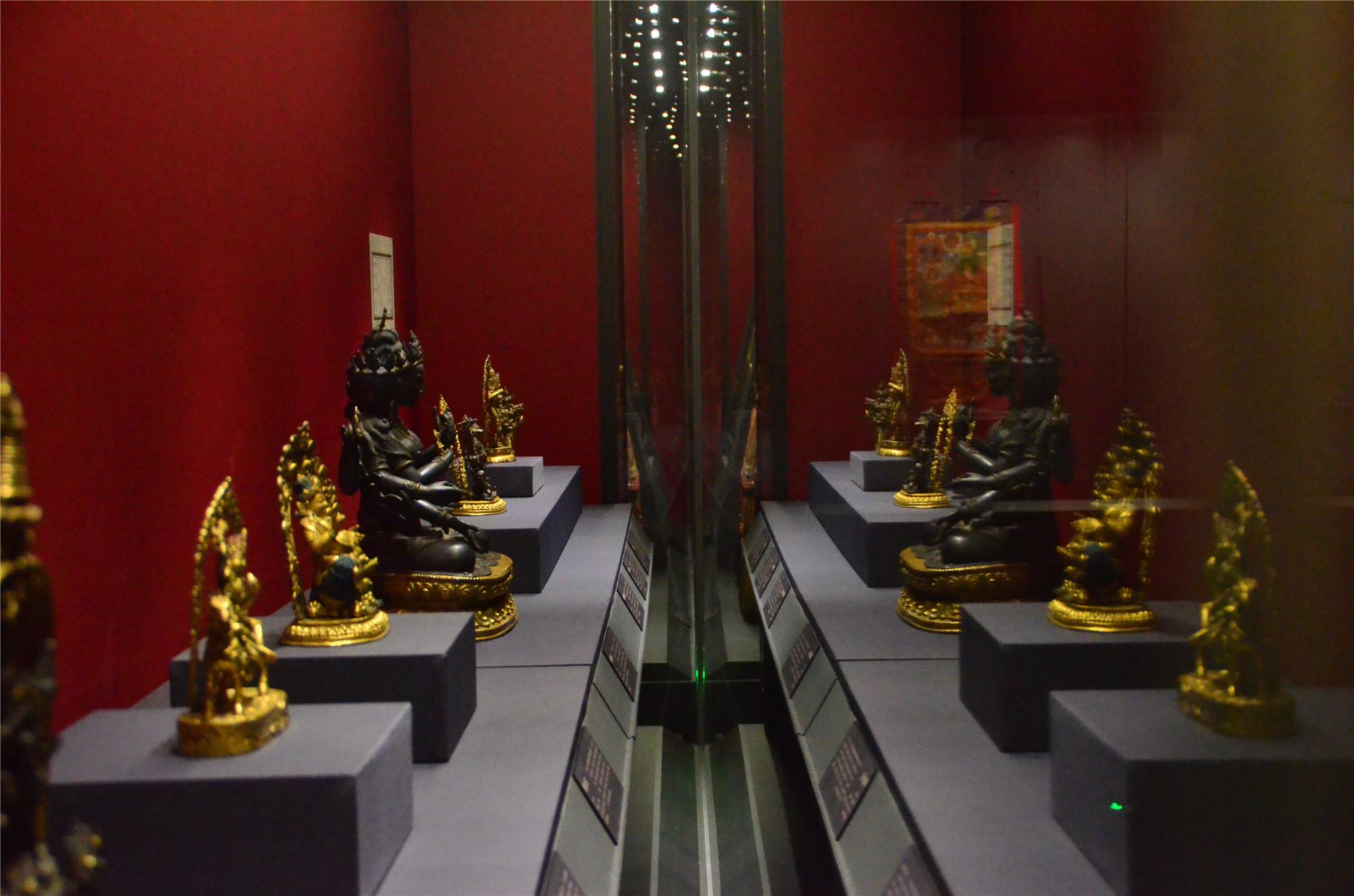 """速览!""""须弥福寿:当扎什伦布寺遇上避暑山庄""""展上的珍贵文物"""