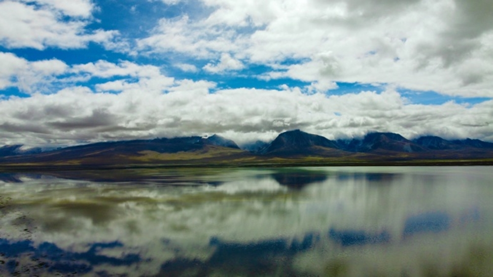 邂逅亚东:遇到一片多情的湖