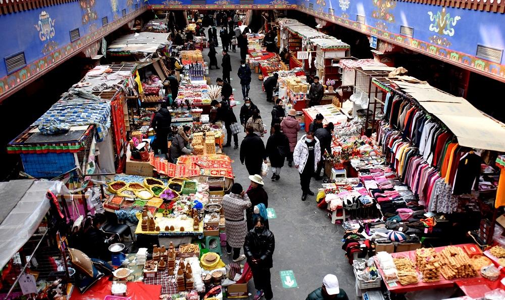 西藏拉萨:年货市场里看物阜民丰