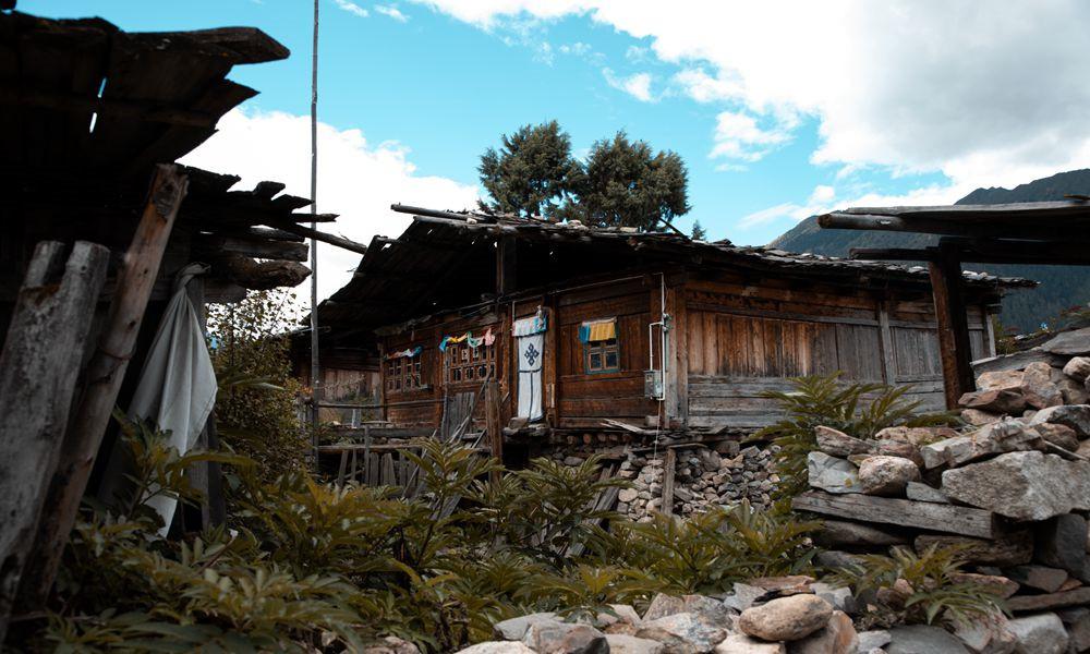 错高村:藏在林区的百年传统古村落