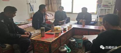 日喀则市聂拉木县委常委、统战部部长颜建华深入辖区安排部署近期重点工作