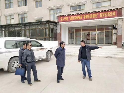 那曲市副市长杨东升赴比如县贡萨寺检查指导工作