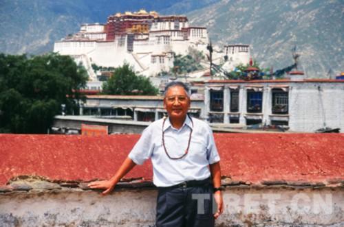 """旅日学者康噶 崔臣格桑:把流失海外的珍贵藏学文献""""带回家""""(上)"""