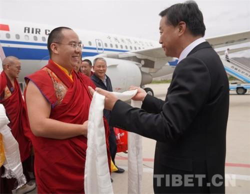 弘法利生、祈愿和平 十一世班禅在拉萨开展调研及佛事活动