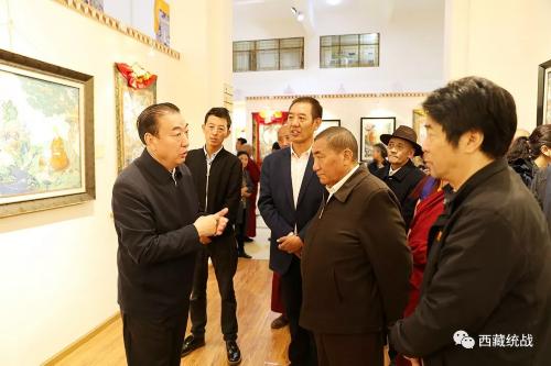 住藏全国政协委员、部分自治区政协常委赴西藏唐卡画院视察