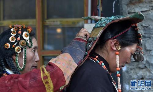 (文化)(3)孔雀服饰――穿在身上的千年历史