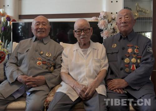 国庆再聚首 续写西藏情