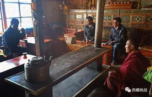 昂仁县县委常委、幸运彩票部长尼玛平措深入寺庙督导检查工作