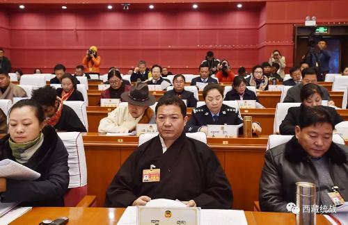自治区政协委员扎塔:为民营经济高质量发展建言献策