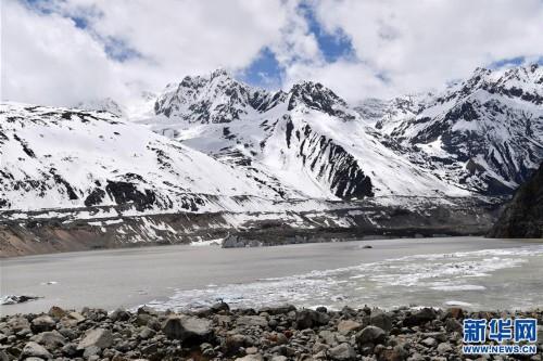 (美麗中國)(3)遠眺來古冰川