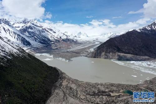 (美麗中國)(8)遠眺來古冰川