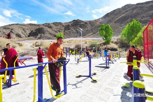 寺廟有了健身房——西藏各地僧尼樂享全民健身