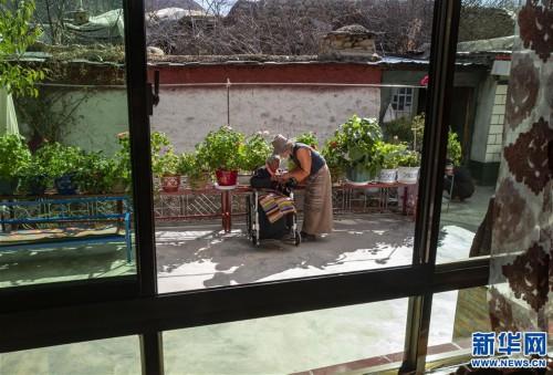 """(圖片故事)(11)109歲翻身農奴索朗卓瑪見證""""世界屋脊""""百年風雨"""