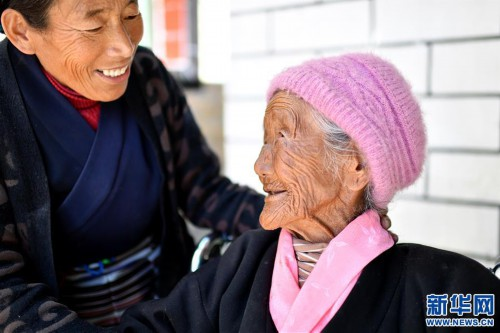 """(圖片故事)(4)109歲翻身農奴索朗卓瑪見證""""世界屋脊""""百年風雨"""