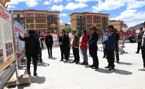 昌都市民族團結進步創建工作第三方評估組和互觀互檢組赴洛隆縣檢查指導工作