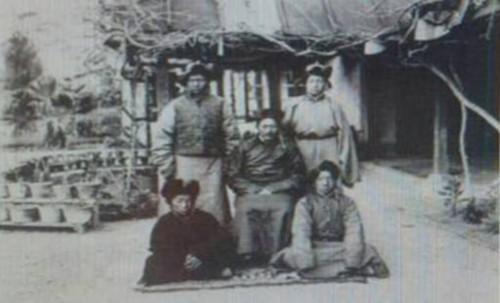 """旧西藏 """"龙厦事件""""的再回顾"""