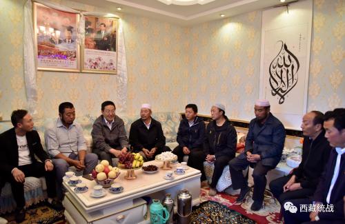 葛慶敏與桑珠孜區穆斯林群眾共度古爾邦節 共敘民族團結情