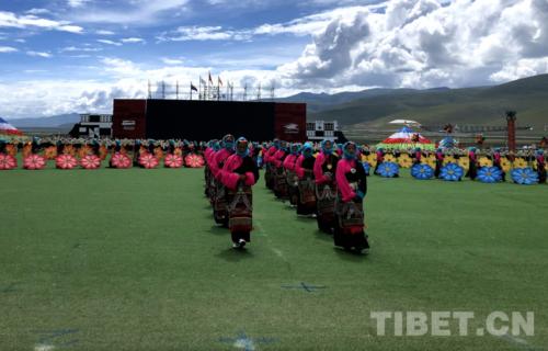 """西藏當雄2020""""當吉仁""""賽馬節開幕"""