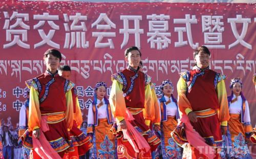 走走走 趕集啦!西藏山南雅礱物交會熱鬧開市