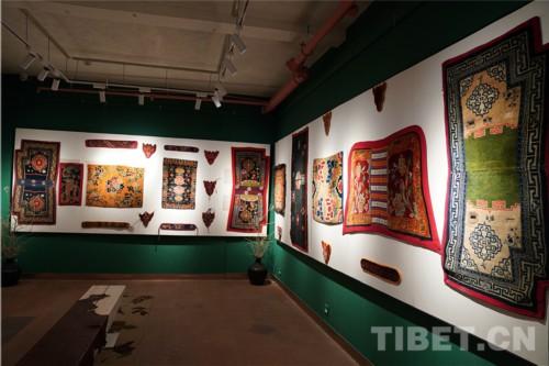 传承千年的藏毯浓缩着民族文化的交往交流交融