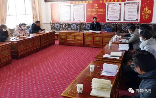 阿里地委委员、统战部部长、地区政协党组副书记格桑达瓦赴革吉县委统战部检查指导工作