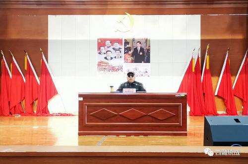 比如县委常委、统战部部长旦增旺加向新任村干部宣讲《藏传佛教活佛转世管理办法》