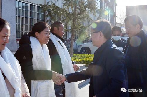 自治区党委统战部组织开展第十批驻村工作队出发送行活动