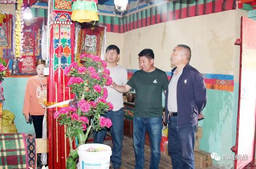 林芝市朗县委常委、统战部部长米玛顿珠赴辖区寺庙 拉康开展调研工作
