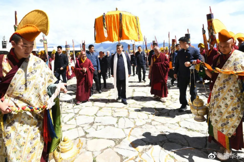 习近平在西藏拉萨考察调研