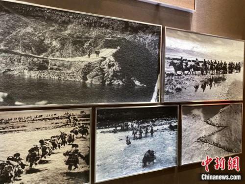 红楼内展厅,图为昌都战役中的人民解放军。彭宁铃 摄