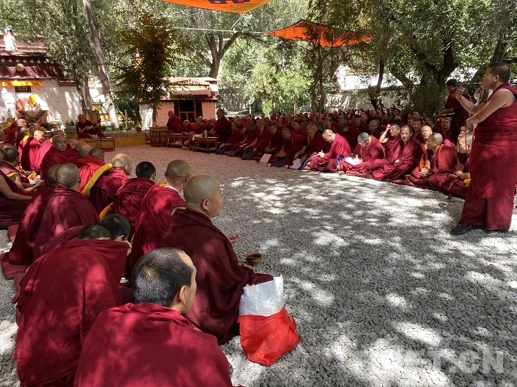西藏自治区举行2022年度藏传佛教学经僧晋升格西拉让巴学位夏季预考活动