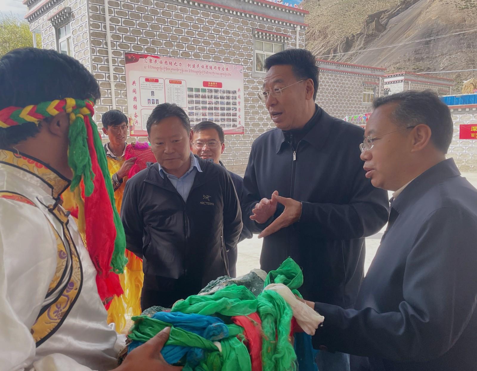 """吴英杰:全面把握""""四个赋予、一个有利于""""要求  切实推动西藏长治久安和高质量发展"""