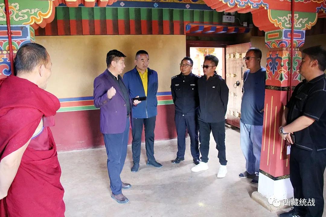 朗县县委副书记 县长贡久赴巴尔曲德寺检查指导安全生产工作