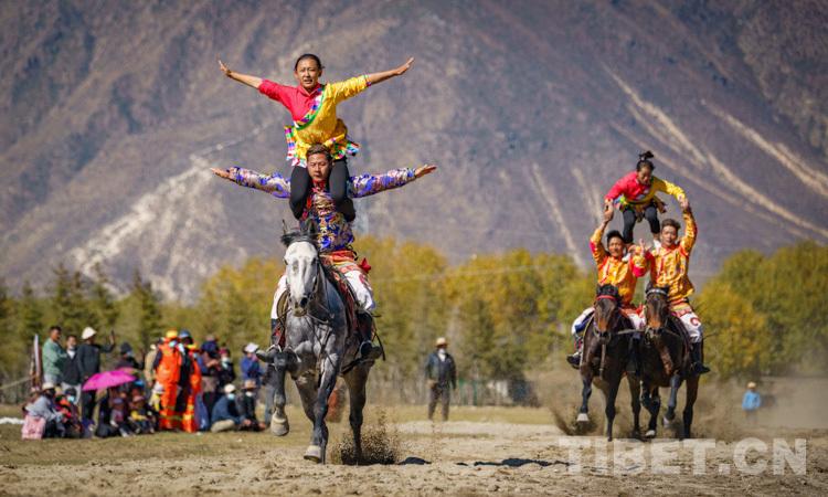 送体育下基层,西藏民族传统马术表演走进墨竹工卡县